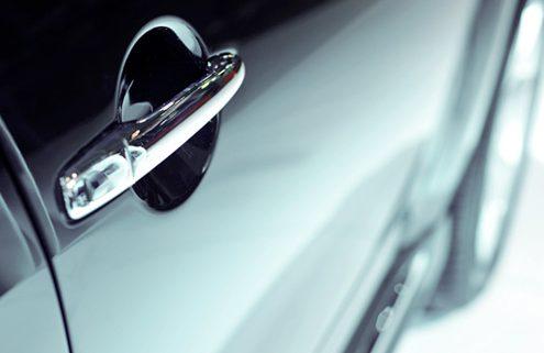 svetloči avtomobil